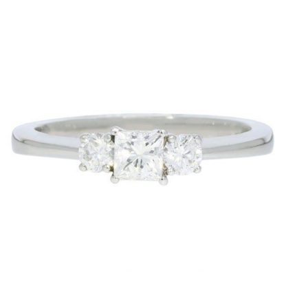 Plat & Diamond Ring