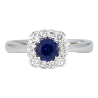 18ct Sapphire Ring